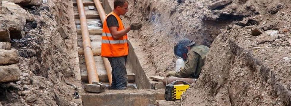 Теплотрассу в Улан-Удэ ремонтирует компания со скандальным шлейфом
